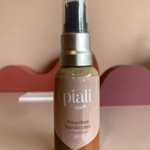 Maquillaje líquido claro SPF 15